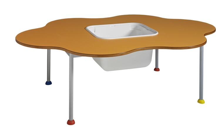 Table FLIC FLAC équipée d'un bac à jouets