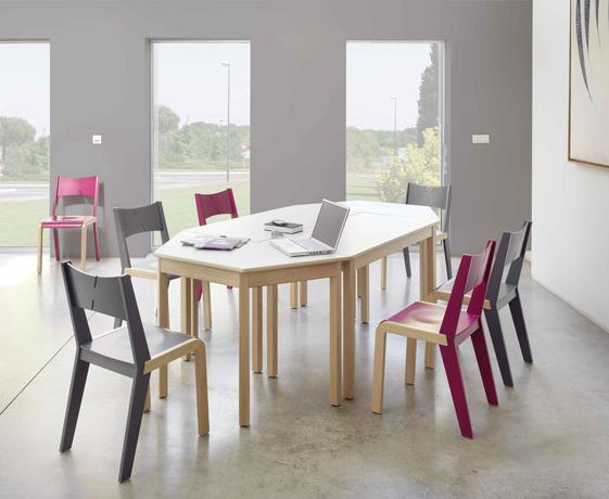 DPC - RESTAURATION Table CYRENE 4 pieds en hêtre massif Photo 2