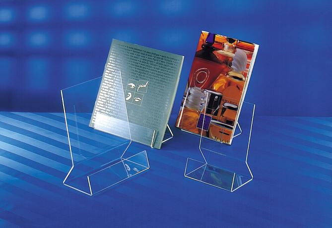 Présentoir plexigalss  : LHP 220 x 250 x 100 mm