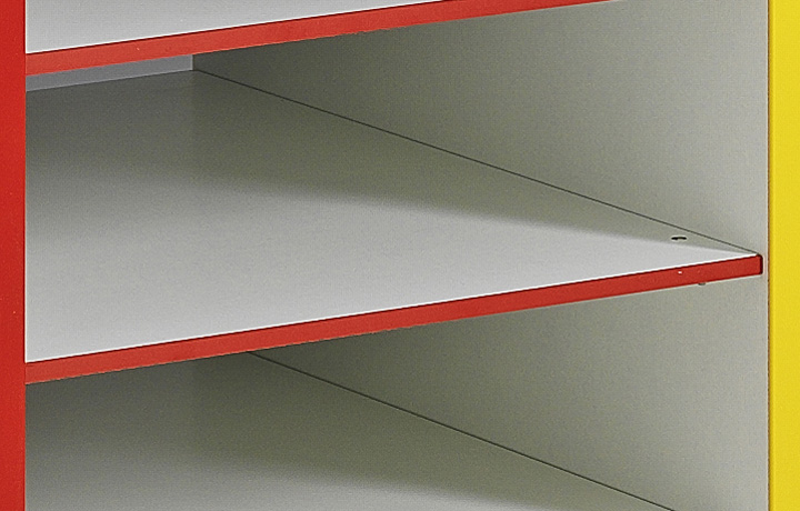 Tablette en mélaminé pour meuble à colonnes