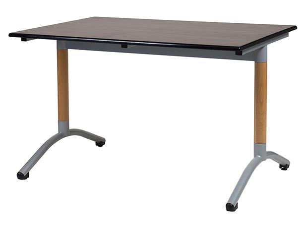 Table OXIAL à dégagement latéral
